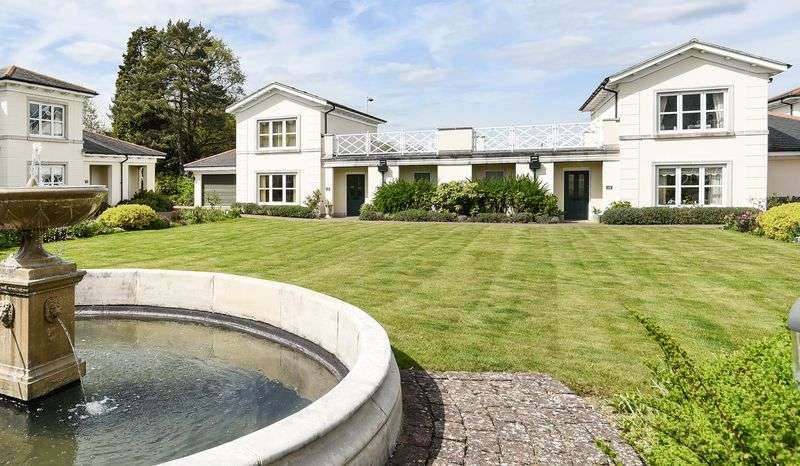 2 Bedrooms Cottage House for sale in Muskerry Court, Nellington Road, Tunbridge Wells