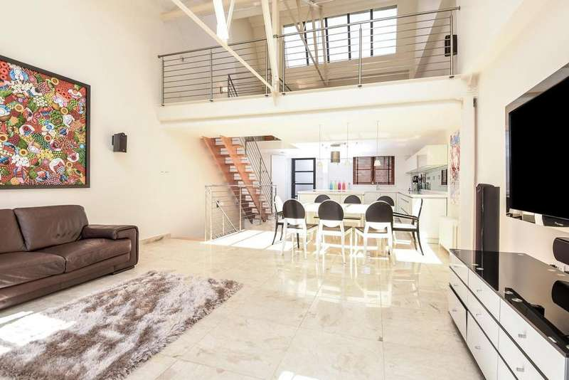 2 Bedrooms Terraced House for sale in Balham Grove, Balham, SW12