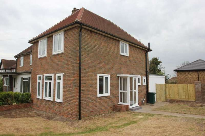 3 Bedrooms Semi Detached House for rent in Ditchling Road, Brighton