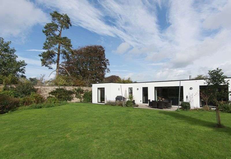 4 Bedrooms Detached House for sale in Stanton Drew, Near Bristol