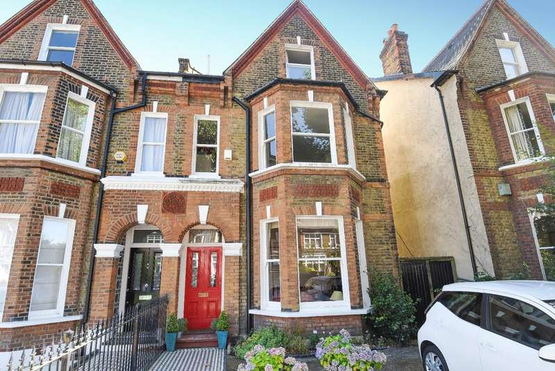 5 Bedrooms Semi Detached House for sale in Coleraine Road Blackheath SE3