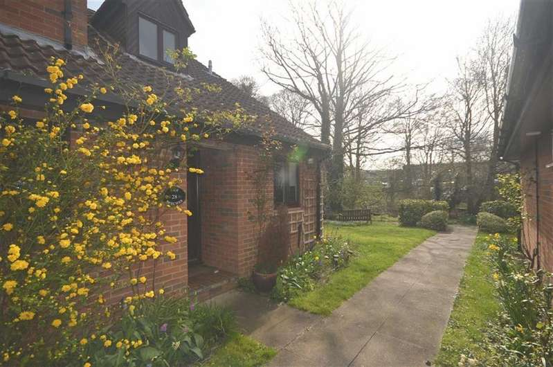 1 Bedroom End Of Terrace House for sale in The Beeches, St Albans