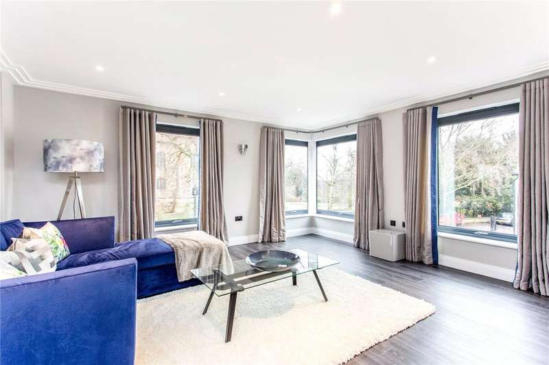 2 Bedrooms Flat for sale in Castle House, Castle Bailey, Colchester, Essex, CO1