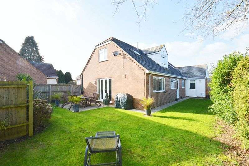 5 Bedrooms Detached House for sale in Wimborne BH21