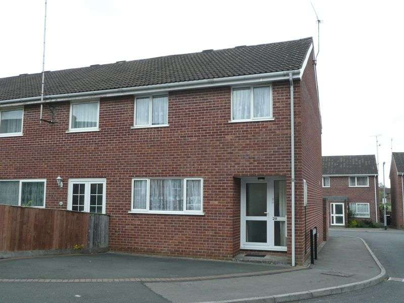 3 Bedrooms Terraced House for sale in Victoria Road, Yeovil