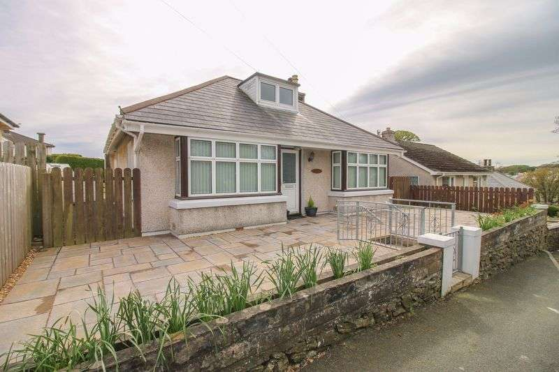 2 Bedrooms Detached Bungalow for sale in 27 Church Road, Onchan