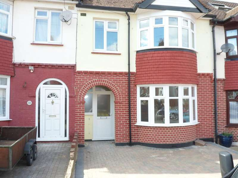 3 Bedrooms Terraced House for sale in Priory Road, Gillingham ME8