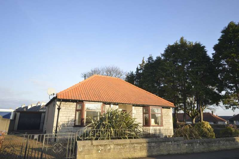 2 Bedrooms Detached Bungalow for sale in Baldwin Crescent, Kirkcaldy, KY2