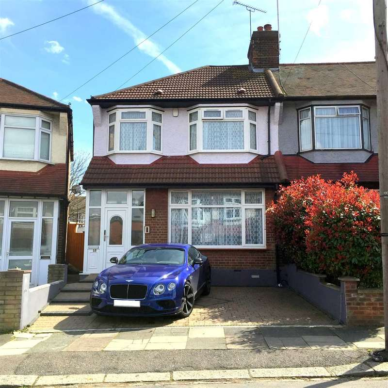 3 Bedrooms End Of Terrace House for sale in Pevensey Avenue, London