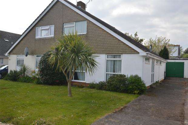 2 Bedrooms Semi Detached Bungalow for sale in Broadley Drive, Livermead, Torquay, Devon