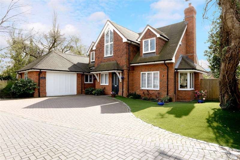 4 Bedrooms Detached House for sale in Cedar Grove, Amersham, Buckinghamshire, HP7