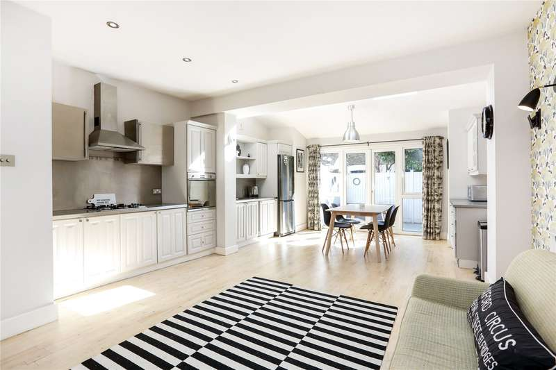 4 Bedrooms Terraced House for sale in Strathville Road, London, SW18
