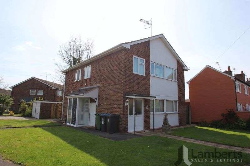 2 Bedrooms Flat for sale in Lords Lane, Studley