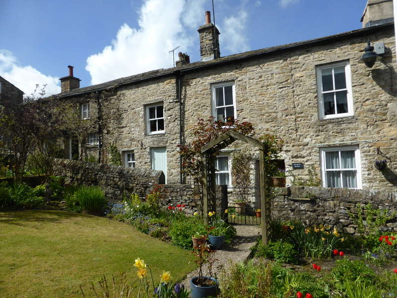 3 Bedrooms Cottage House for sale in Hargill House, Gayle