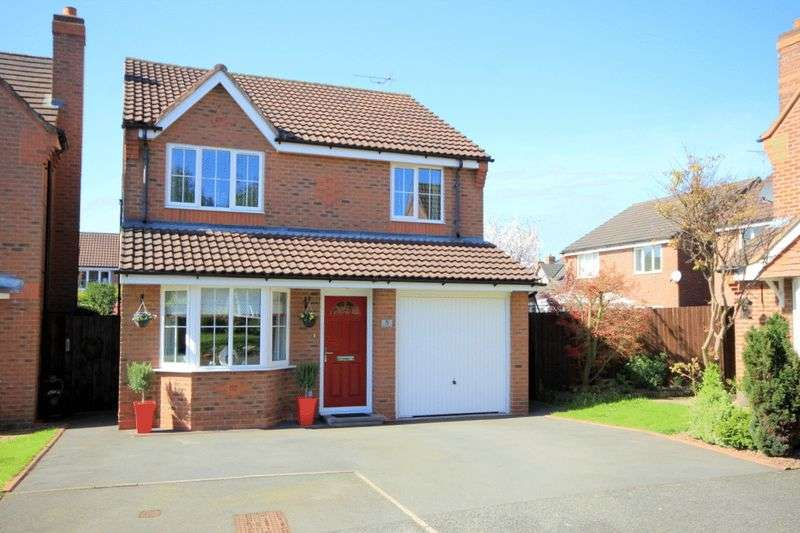 4 Bedrooms Detached House for sale in Dixon Close, Stone