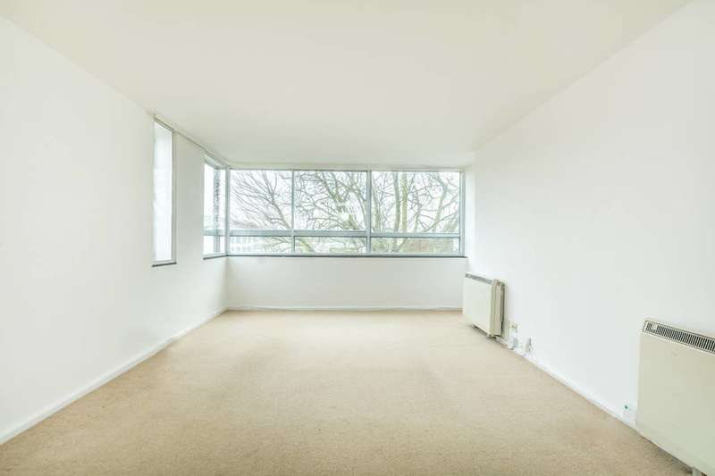 2 Bedrooms Flat for sale in Lower Mortlake Road, Richmond, TW9