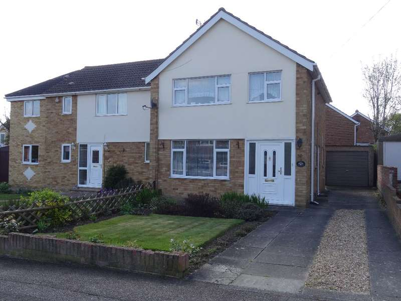 3 Bedrooms Semi Detached House for sale in FULMAR ROAD, BRICKHILL, BEDFORD