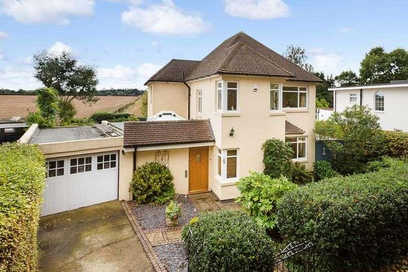 4 Bedrooms Detached House for sale in Ballards Green, Burgh Heath