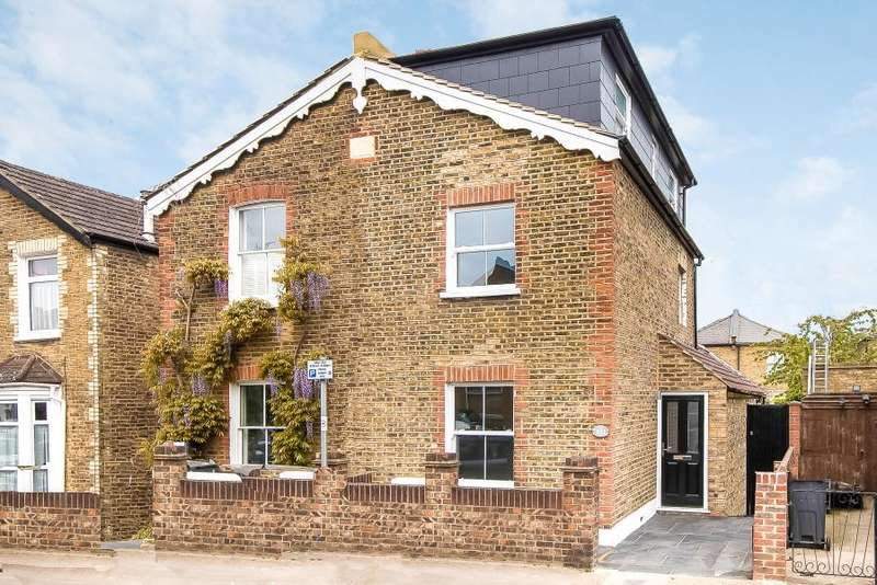 3 Bedrooms Semi Detached House for sale in Kings Road, Kingston upon Thames KT2