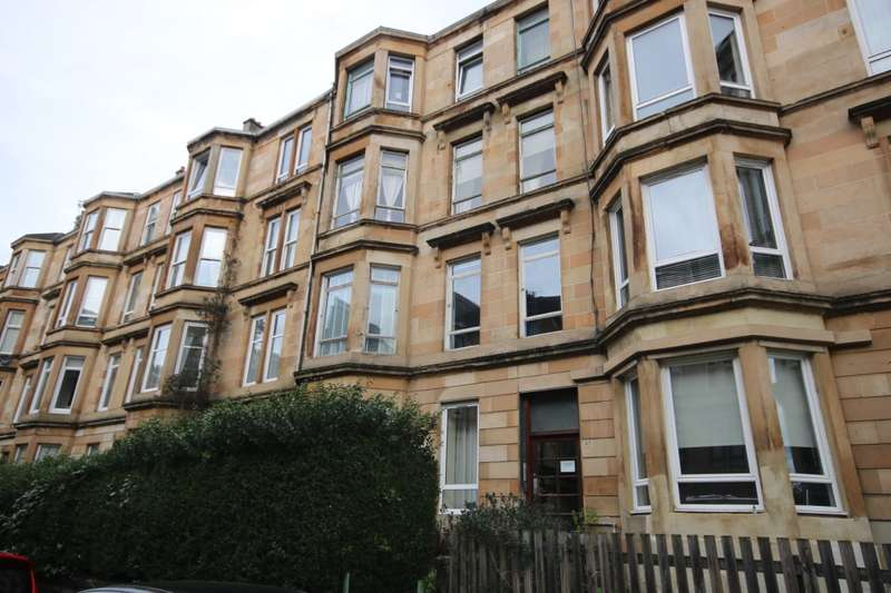 2 Bedrooms Flat for rent in Finlay Drive, Dennistoun, Glasgow