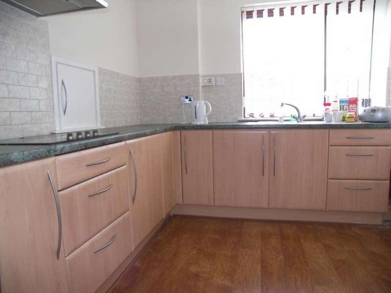 3 Bedrooms Semi Detached House for sale in Lindisfarne Lane, Morpeth