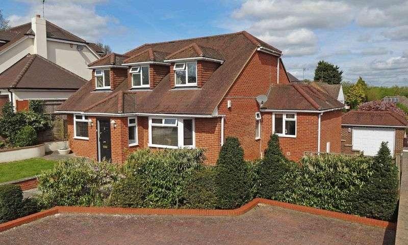 4 Bedrooms Detached House for sale in Park Lane, Lane End Village