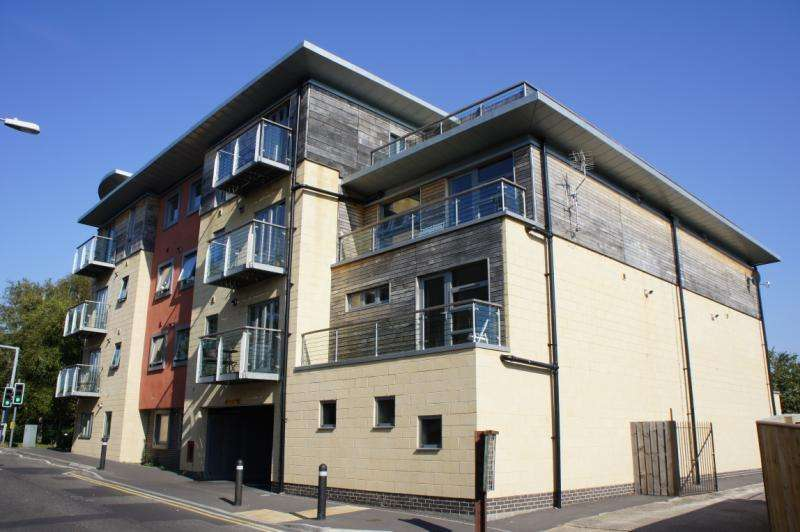 1 Bedroom Apartment Flat for sale in Park 5, Clarence Street, Yeovil, Somerset, BA20