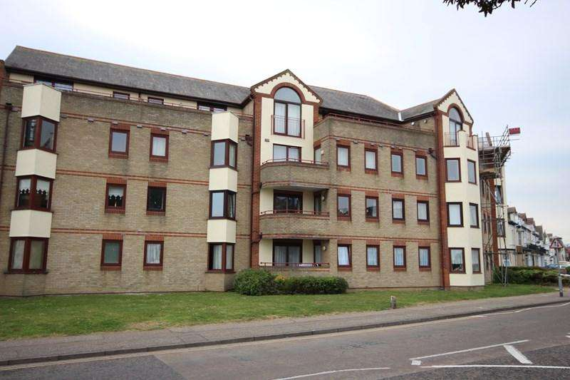 2 Bedrooms Flat for sale in Rosemary Road, Clacton-On-Sea