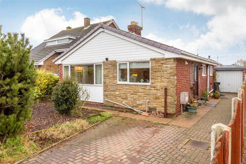 3 Bedrooms Detached Bungalow for sale in Sandway Drive, Thorpe Willoughby, Selby, YO8