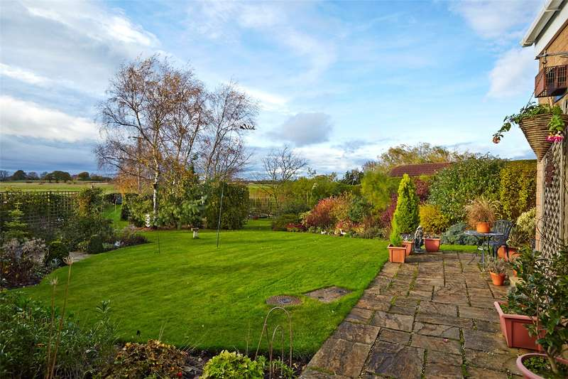 4 Bedrooms Detached House for sale in Ryecroft, Strensall, York, North Yorkshire, YO32