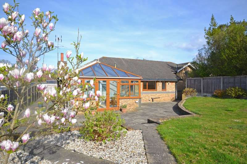 3 Bedrooms Detached Bungalow for sale in Fittleworth, Pulborough, West Sussex, RH20