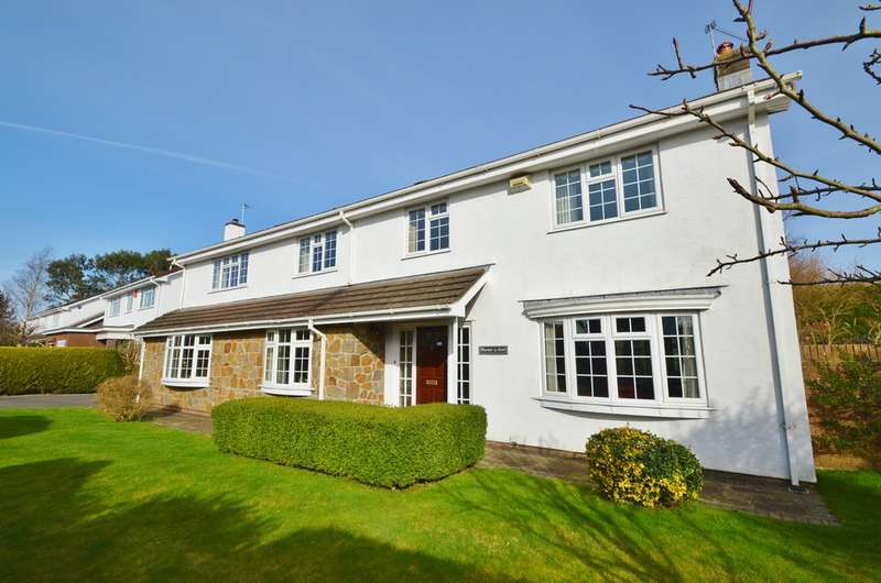 5 Bedrooms Detached House for sale in Village Farm, Bonvilston, Vale of Glamorgan, CF5 6TY