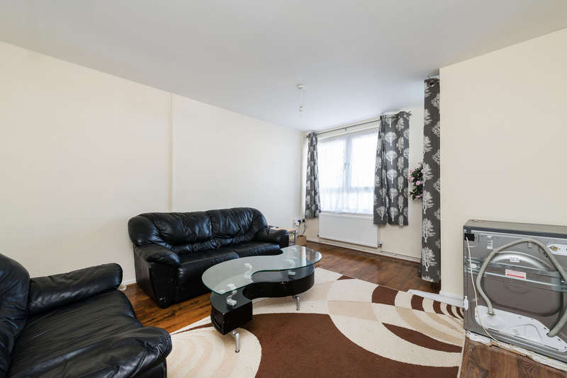 2 Bedrooms Flat for sale in Fern Court, Drakefell Road