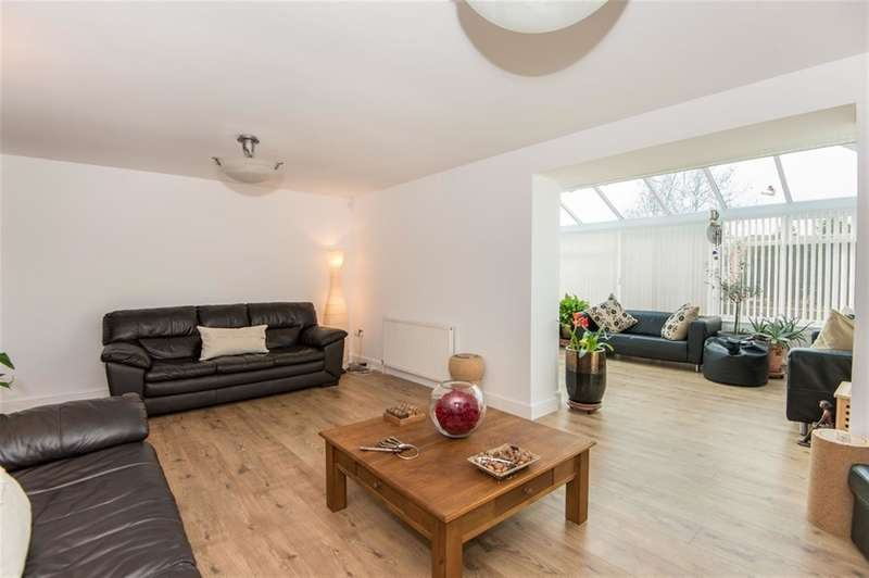 5 Bedrooms Detached House for sale in Ash Close, Dunham-On-Trent, Newark, NG22