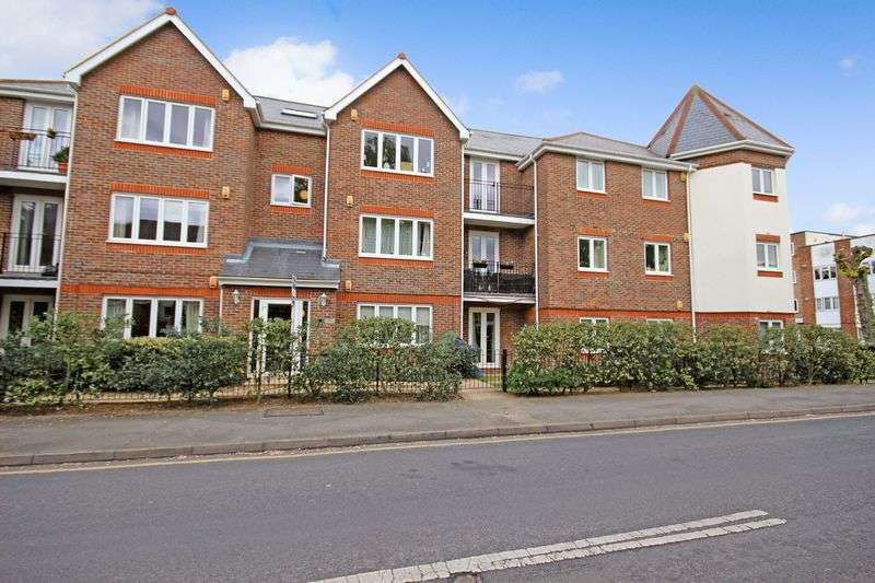2 Bedrooms Flat for sale in SOUTH SUTTON