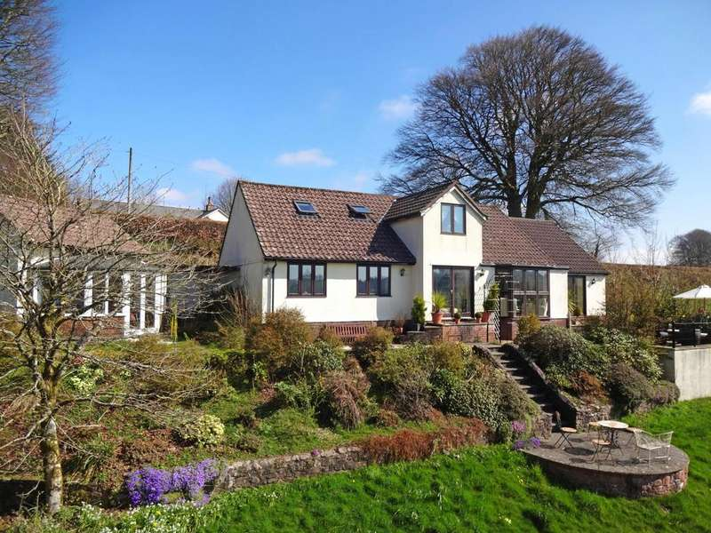 3 Bedrooms Detached House for sale in Exford, Minehead
