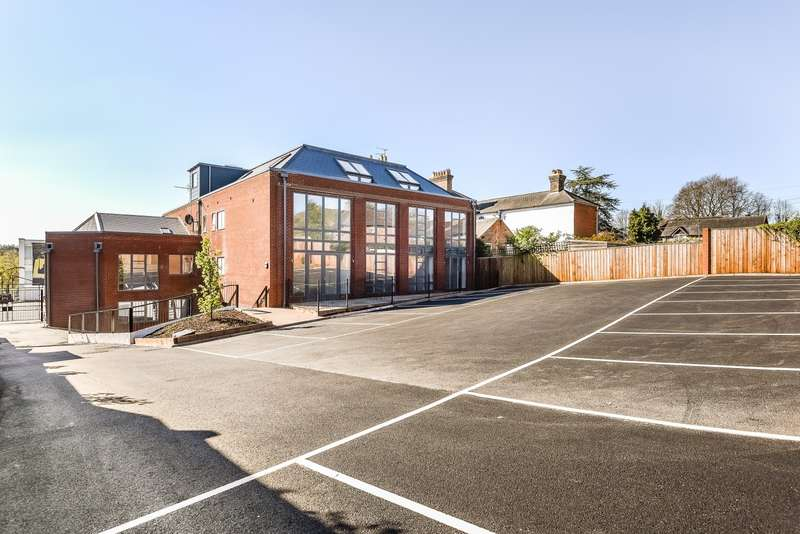 1 Bedroom Apartment Flat for sale in Farnham