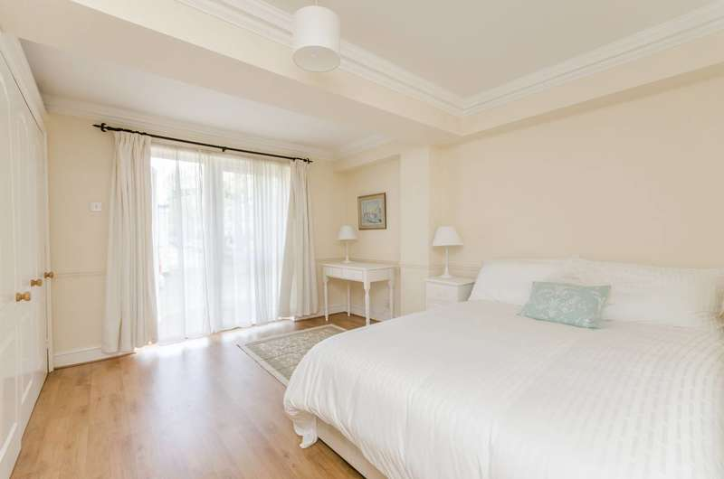 1 Bedroom Flat for sale in Melrose House, Brook Green, W6