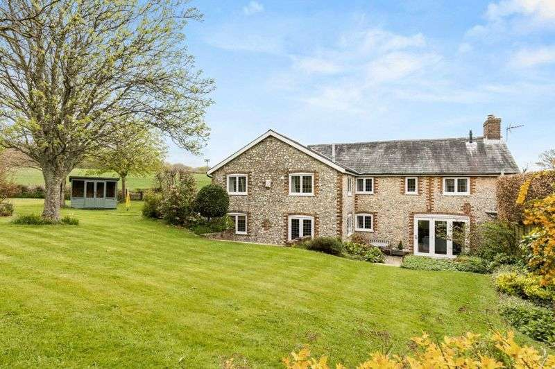 4 Bedrooms Detached House for sale in Little Hyden Lane, Old Clanfield, Hampshire