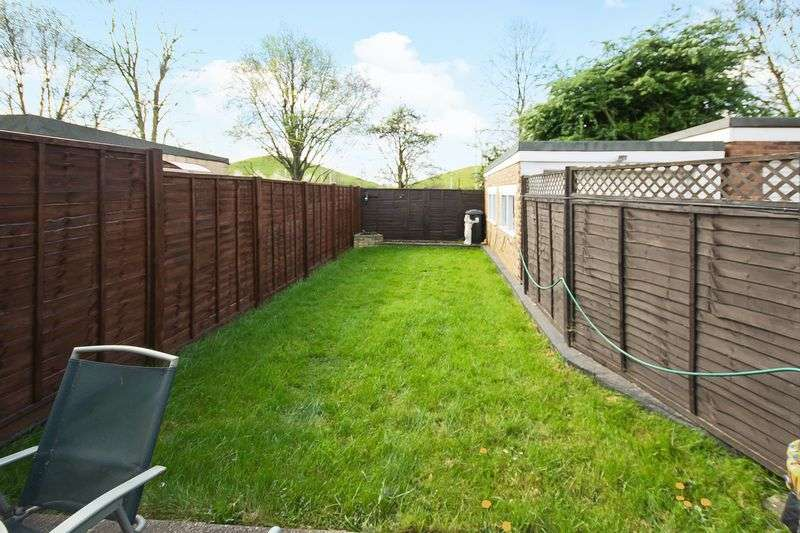 3 Bedrooms Semi Detached House for sale in Eskdale Avenue, Northolt