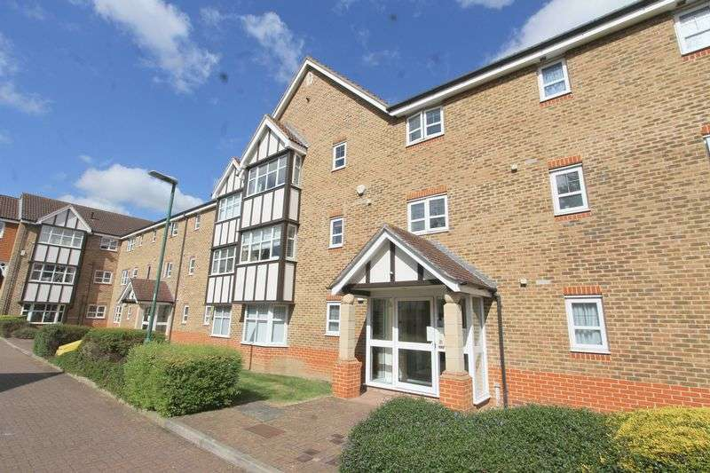 2 Bedrooms Flat for sale in Sandpiper Road, Sutton
