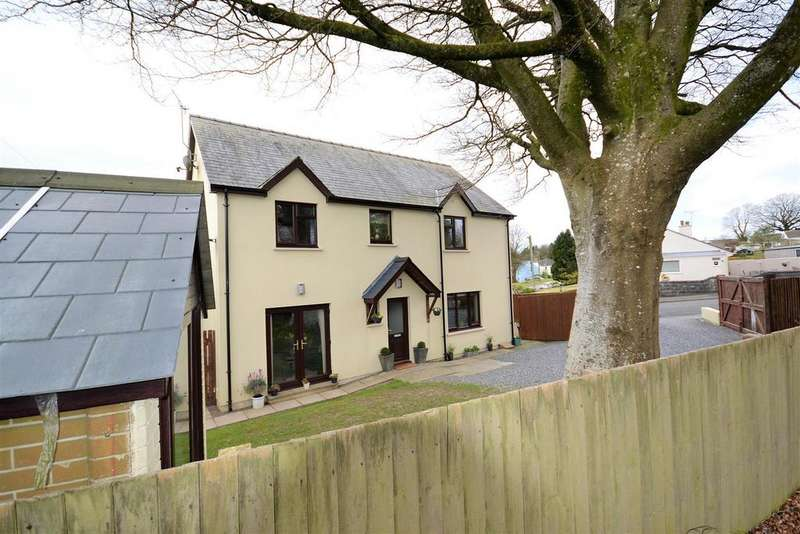 4 Bedrooms Detached House for sale in Adams Drive, Narberth