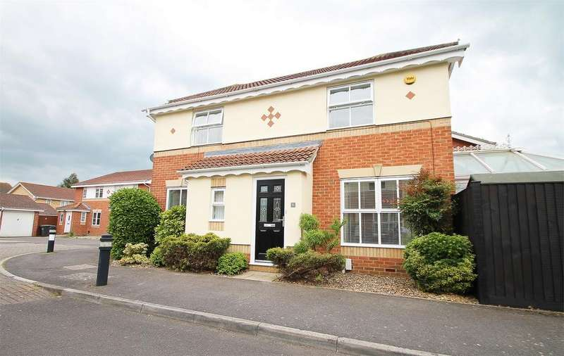 3 Bedrooms Detached House for sale in Challenger Drive, Gosport, Hampshire