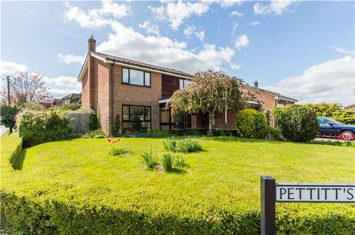 4 Bedrooms Detached House for sale in Pettitts Close, Dry Drayton, Cambridge