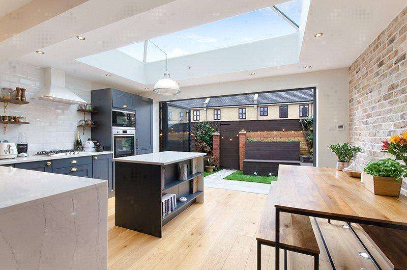 2 Bedrooms House for sale in Codling Close, Wapping, London, E1W