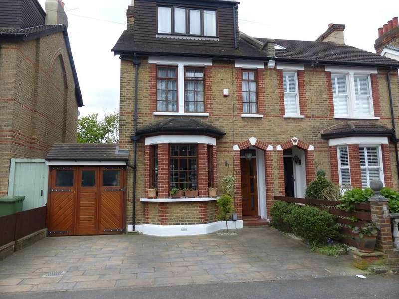 4 Bedrooms Semi Detached House for sale in Blakeney Avenue, Beckenham, BR3