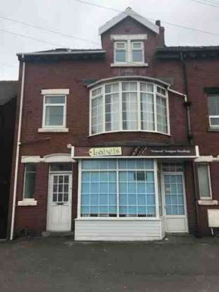 4 Bedrooms Property for sale in Norbreck Road Cleveleys Blackpool