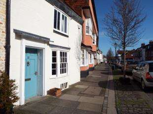 2 Bedrooms House for sale in Abbey Street, Faversham, Kent