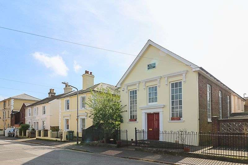 2 Bedrooms Detached House for sale in Western Road, Southborough, Tunbridge Wells