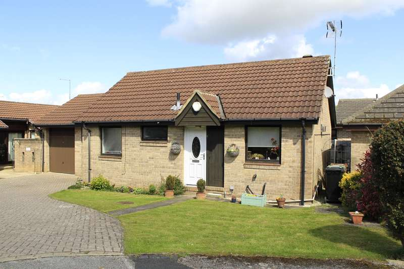 2 Bedrooms Detached Bungalow for sale in Kings Meadow Drive, Wetherby, LS22 7FS